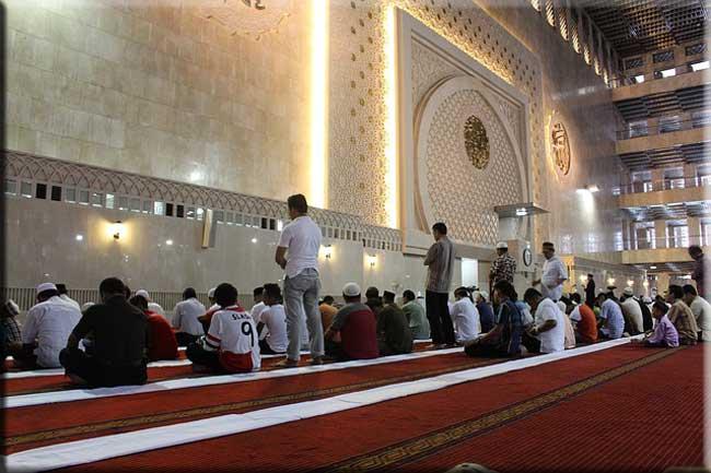 Pentingnya Shalat Fardhu Bagi Ummat Islam