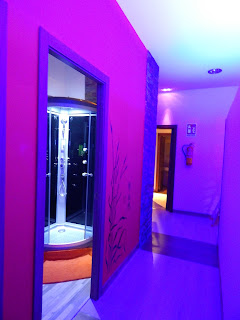 Room of shower, oriental massage, your relaxation and wellbeing, hotel maestranza