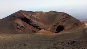 il cratere del 2003 sull'etna