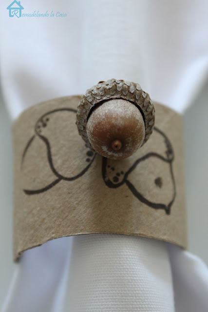 how to make rustic acorn napkin rings