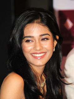 Amrita Rao, Biography, Profile, Biodata, Family , Husband, Son, Daughter, Father, Mother, Children, Marriage Photos.