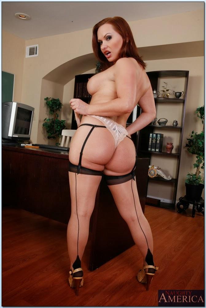 Sucking big black cock white wife