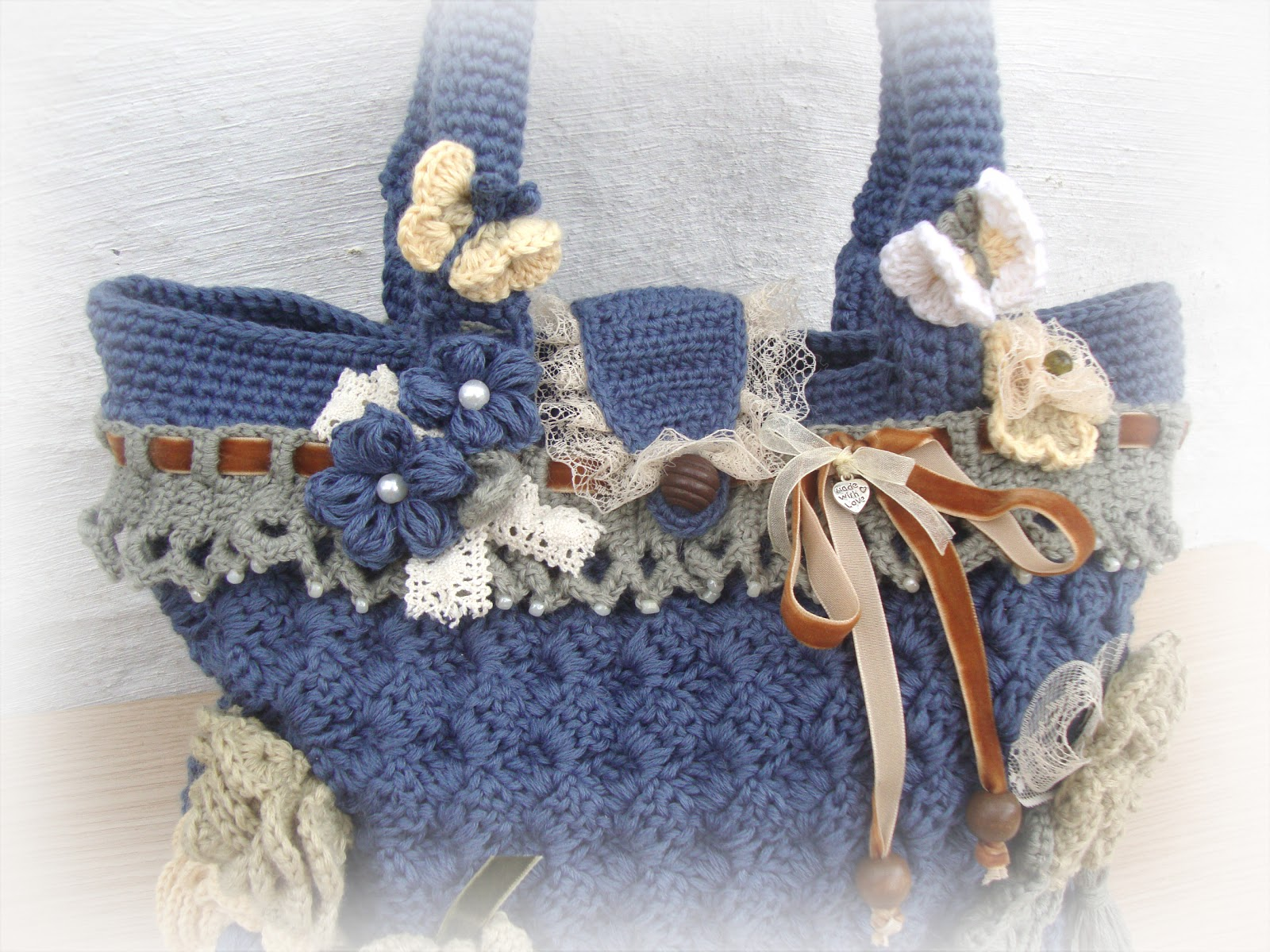 Handmade Crochet Handbags : Tinas handicraft : crochet handmade bag