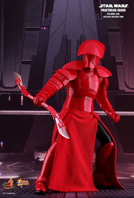 osw.zone Hot Toys Star Wars: The last Jedi 1/6 scale Praetorian Guard (with double blade) collectible figure