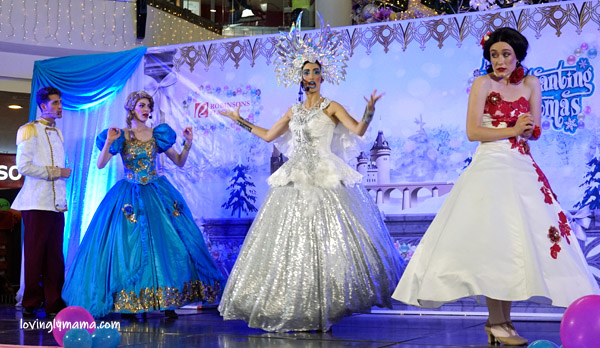 An Enchanting Christmas - princess - Disney princess - Cinderella - Snow White - Prince Charming - Ice Queen - musicale - Bacolod blogger - Bacolod mommy blogger - Robinsons Place Bacolod - Christmas