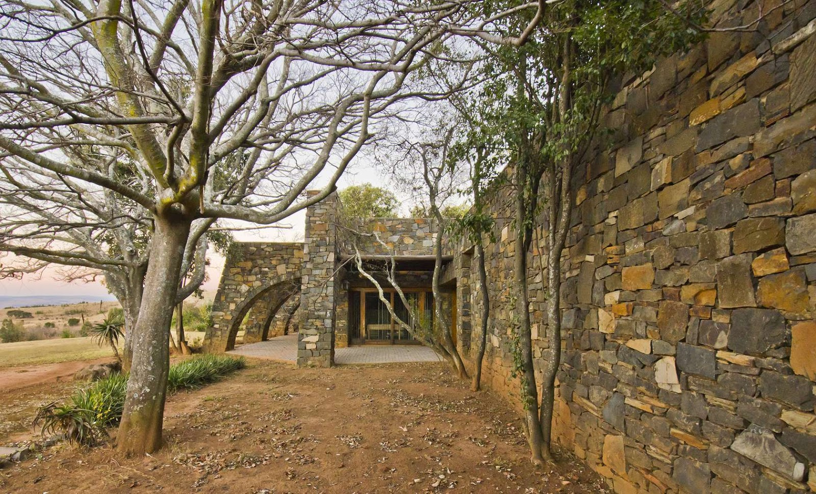 hidden architecture coromandel estate manor house