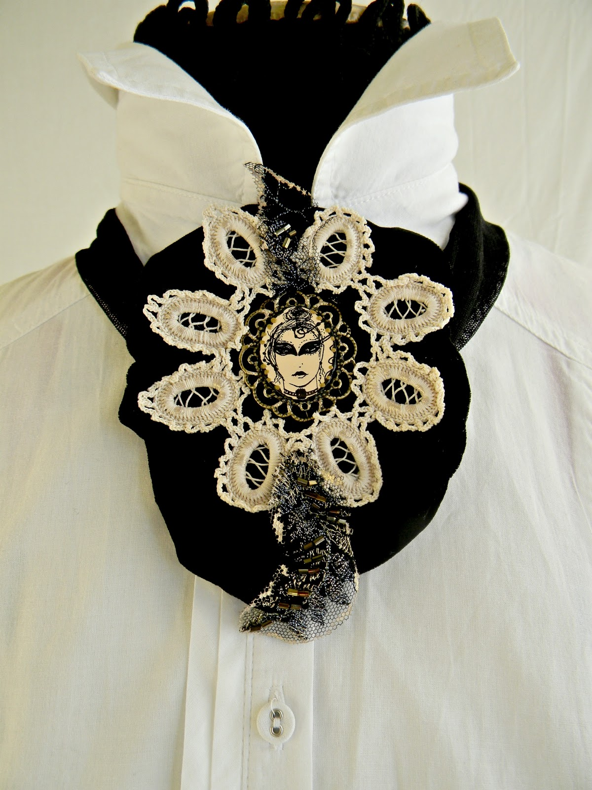 """Dark Masquerade"" Necklace"