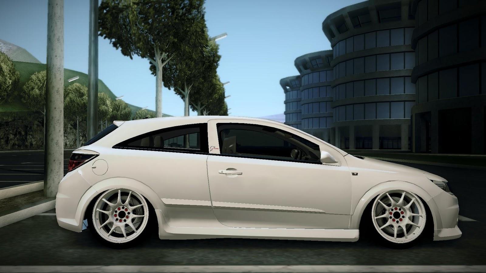 Autos Media: Vauxhall Astra VXR Stance