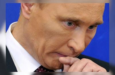 Пенсионная «реформа» рекордно обвалила рейтинг Путина, а «Крымнаш» уже не действует. На что пойдет этот подонок?