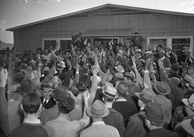 6 February 1941 worldwartwo.filminspector.com Santa Anita racetrack