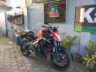 RAJA MOGE BEKAS : Dijual Kawasaki Er6N km 6000up thn 2015 pajak baru