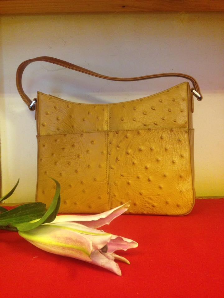 Túi xách vintage da đà điểu