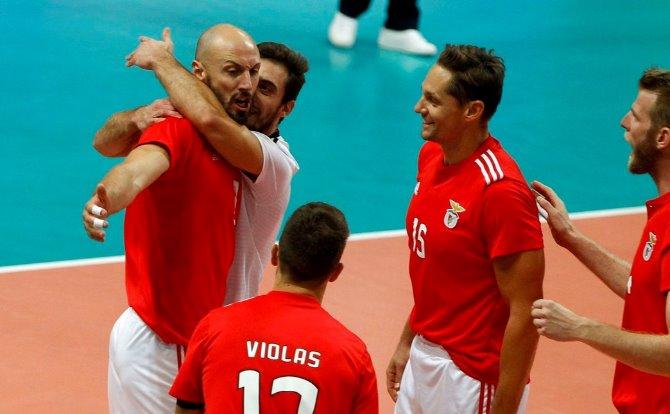 Benfica vencedor da Supertaça de Voleibol