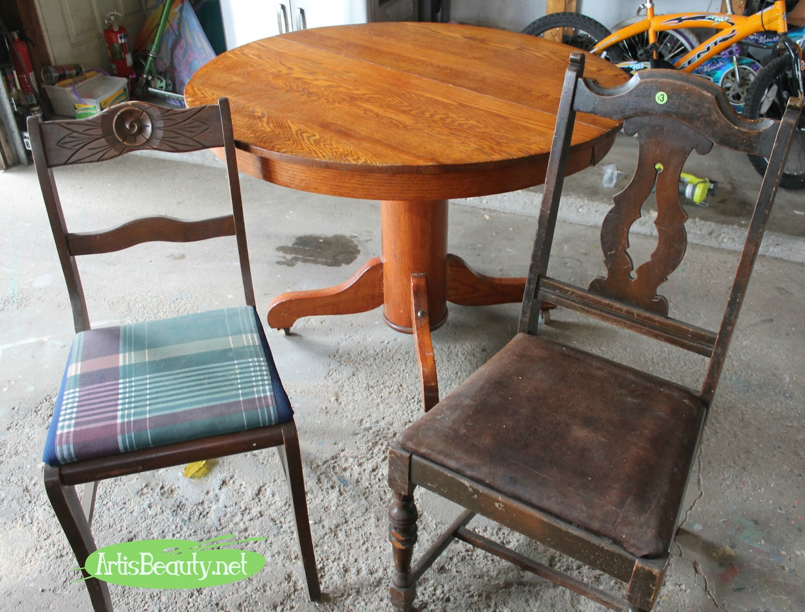 round restorations claw antique tables w img room formal dinning and z large walnut table s pine antiques oak extention pedestal leaves foot