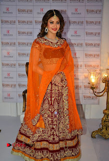Bollywood Actress Urvashi Rautela Pictures at Wedding Affair Magazine 2016 Launch  0008.jpg