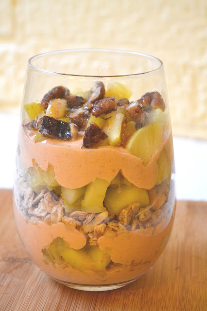 Caramel Apple Pumpkin Parfaits- full of the best fall flavors and perfect for breakfast! www.nutritionistreviews.com
