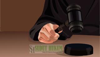 Pertimbangan Hukum