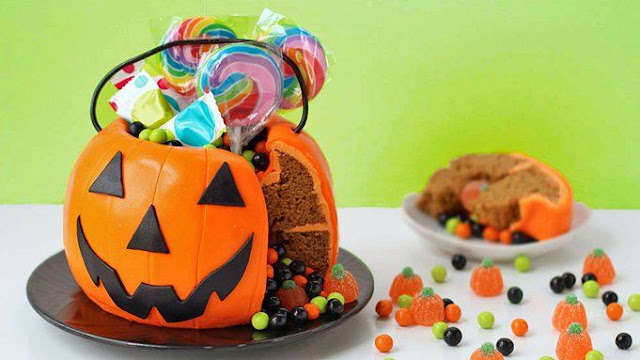 https://www.tablespoon.com/recipes/halloween-pumpkin-surprise-cake/99b2777c-4be6-4dce-b78a-a26931781032