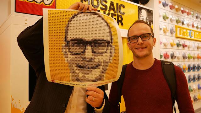Una FotoCabina que reproduce retratos con piezas de LEGO