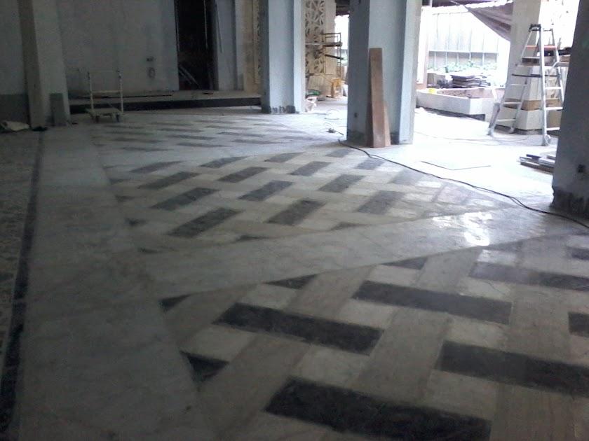 Lantai marmer mentah sebelum di poles