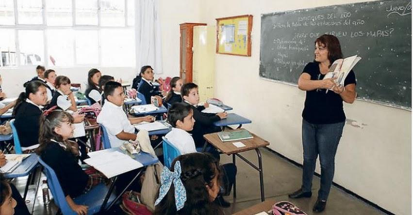 Cifra de profesores creció en los últimos 17 años pese a que la de escolares se mantuvo, según estadísticas del MINEDU