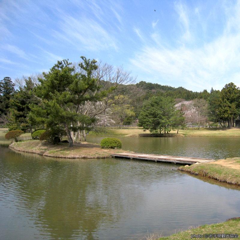 【觀自在王院跡】曾經的淨土庭園 現在剩池塘和石佛像