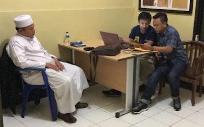 "Polisi Tangkap Al-Khaththath karena Alasan Ucapan ""Geruduk DPR"""