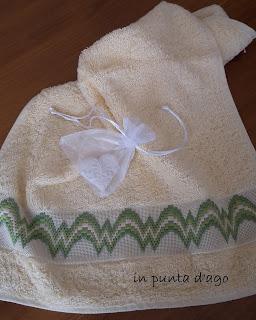 http://silviainpuntadago.blogspot.it/2017/12/a-bargello.html