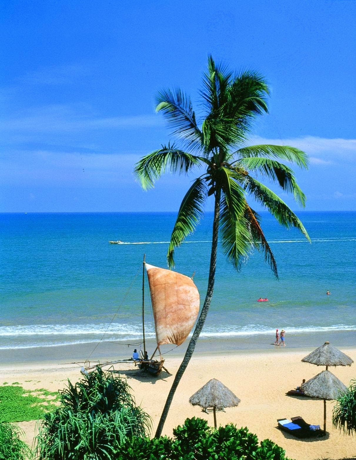 UNAWATUNA BEACHES 10 Places Not to Miss in Srilanka
