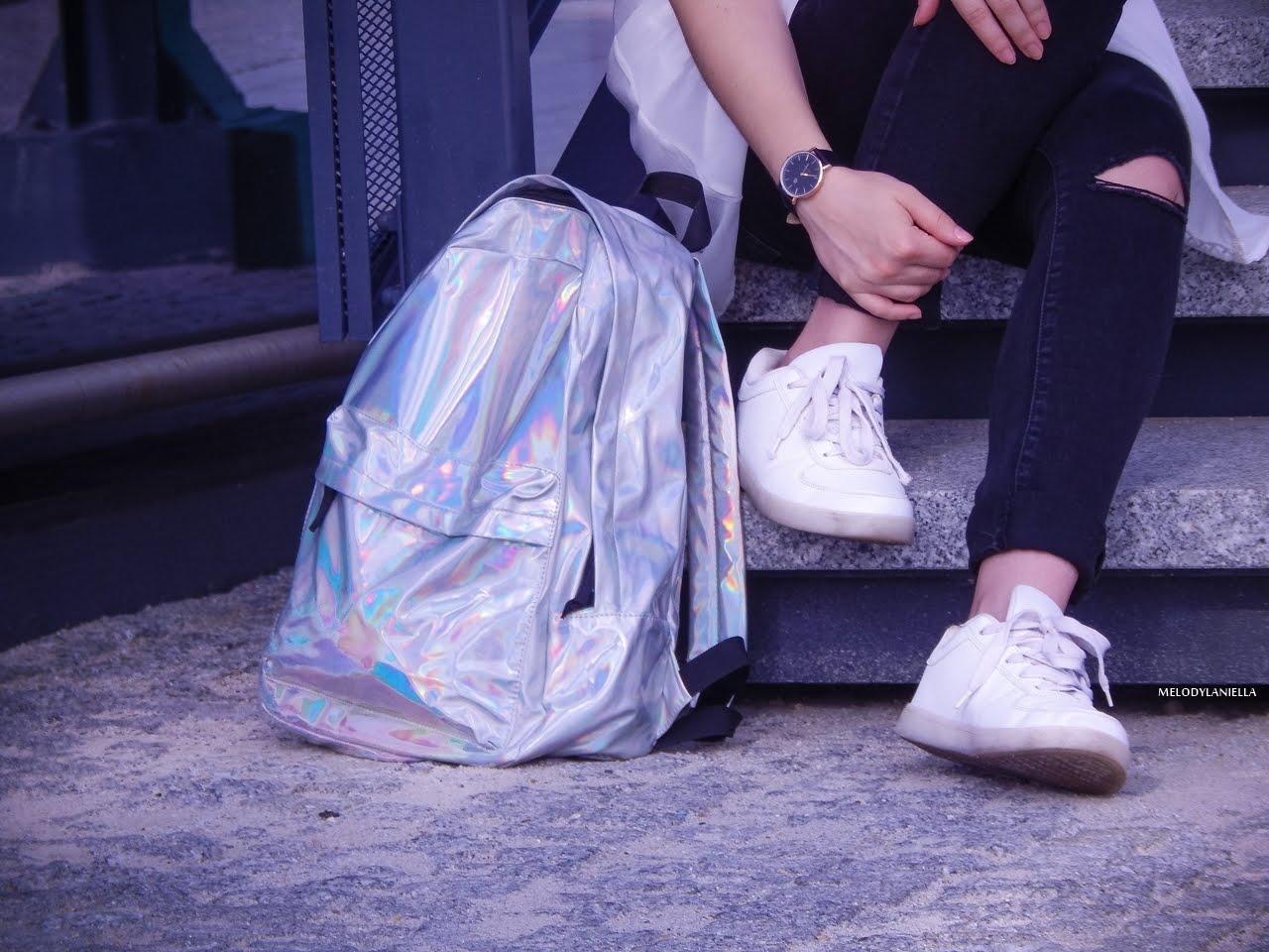 1 holograficzny plecak betterlook.pl farby venita różowe włosy jak pofarbować włosy kolorowe włosy ombre pink hair paul rich watches zegarek czarne jeansy z dziurami modna polka lookbook