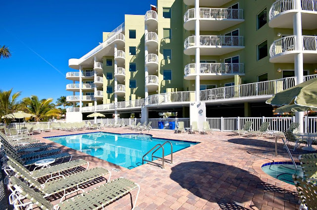 Minutes from Tampa, Florida, Crystal Palms Beach Resort is one of the best Treasure Island hotels with great views, clean property and a friendly staff.