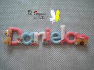 nombre-fieltro-felt-feltro-Daniela-regalo-personalizado-elbosquedelulu-hechoamanoparati-handmade-name-banner-decoración-infantil-babayroom-regalo-nacimiento