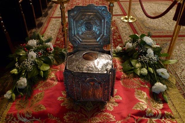 Με παρρησία...: Αγρυπνία για τον Άγιο Ιγνάτιο τον Θεοφόρο ...