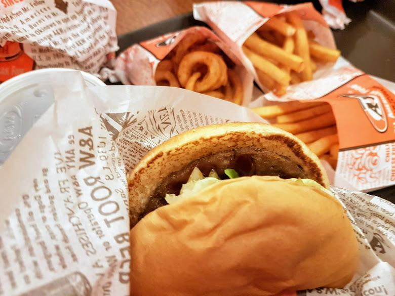 晚餐漢堡速食套餐