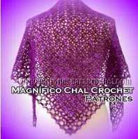 Chal crochet con forma triangular