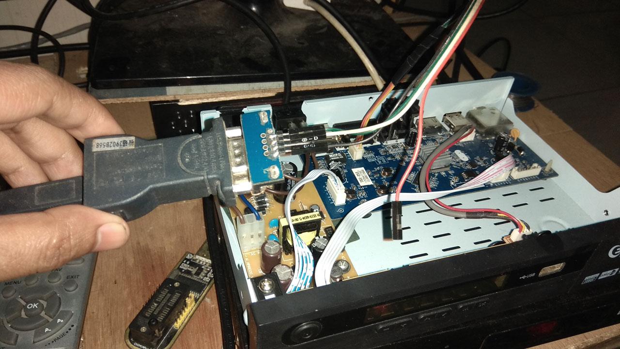 bagaimana cara upgrade receiver getmecom hd 009 super lewat RS232