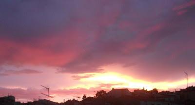 Atardecer con nubes lilas DSCF5873