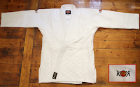 http://www.leader-sport.com/kimonos-judo/618-05-kimono-judo-karioka-new.html