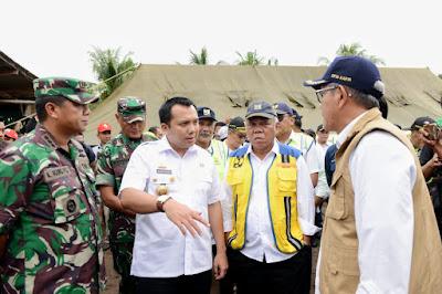 Kunjungi Desa Way Muli, Gubernur Ridho Akan Bangun Kembali Rumah Warga Yang Terdampak Tsunami