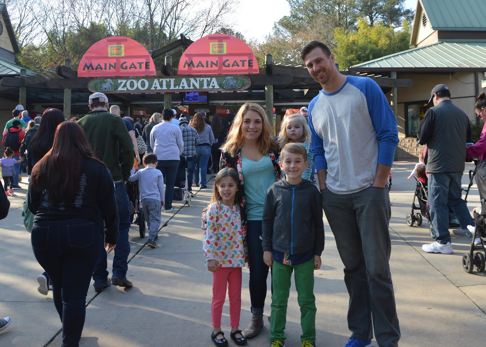 Family Day at Zoo Atlanta Feb 2017