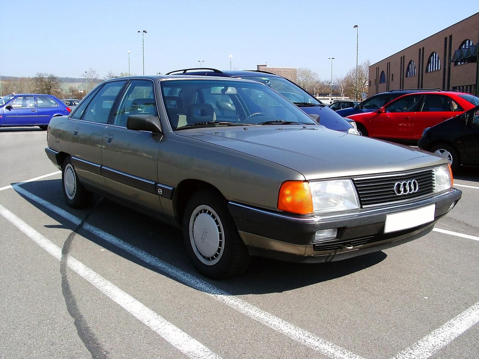 Curiosités automobiles et voitures de collection: La Hongqi CA 7200, une Audi 100 chinoise.