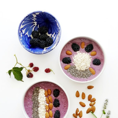 Blackberry, Banana and Maple Smoothie Bowl Recipe