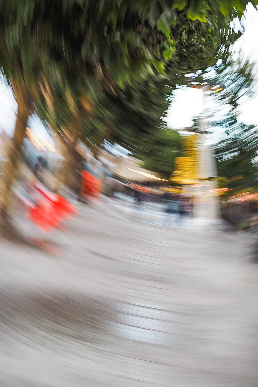 Slow shutter speed, twisted image