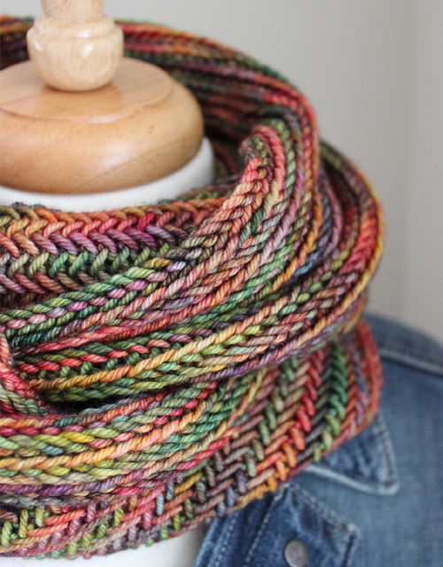 Big Herringbone Cowl - Free Pattern