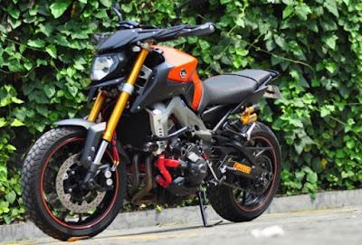 Foto Modifikasi Yamaha MT-09 2015 Versi Street Rally Sangar
