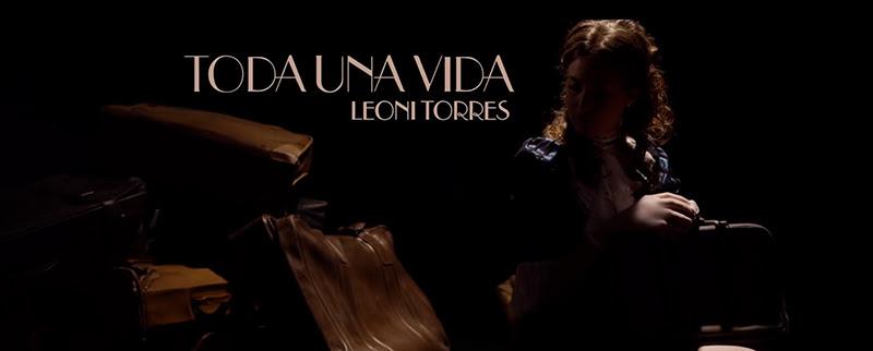 Leoni Torres - ¨Toda una vida¨ - Videoclip - Dirección: Yeandro Tamayo Luvin. Portal Del Vídeo Clip Cubano - 02