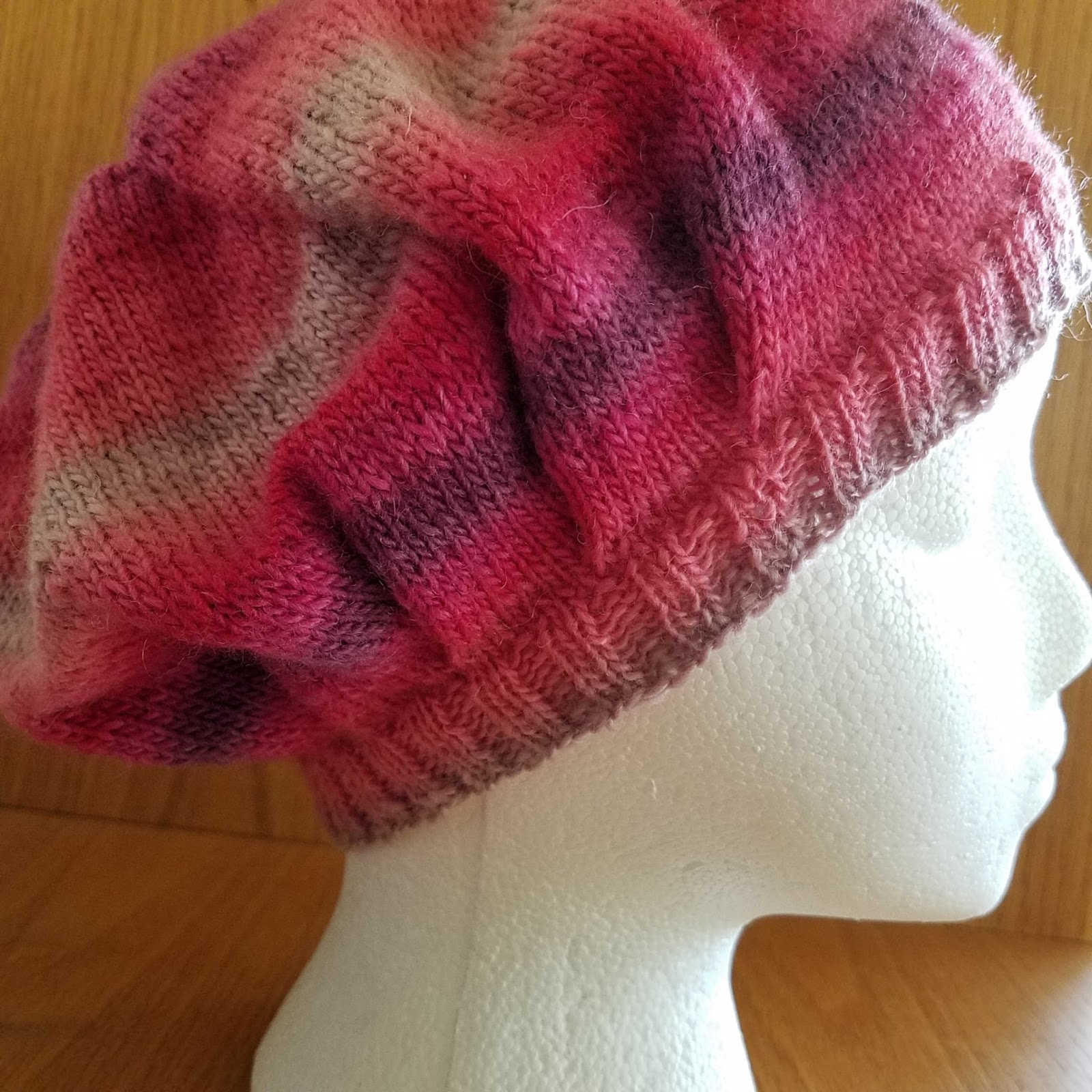 Knice Knitties: Bella Slouchy Hat - Free pattern