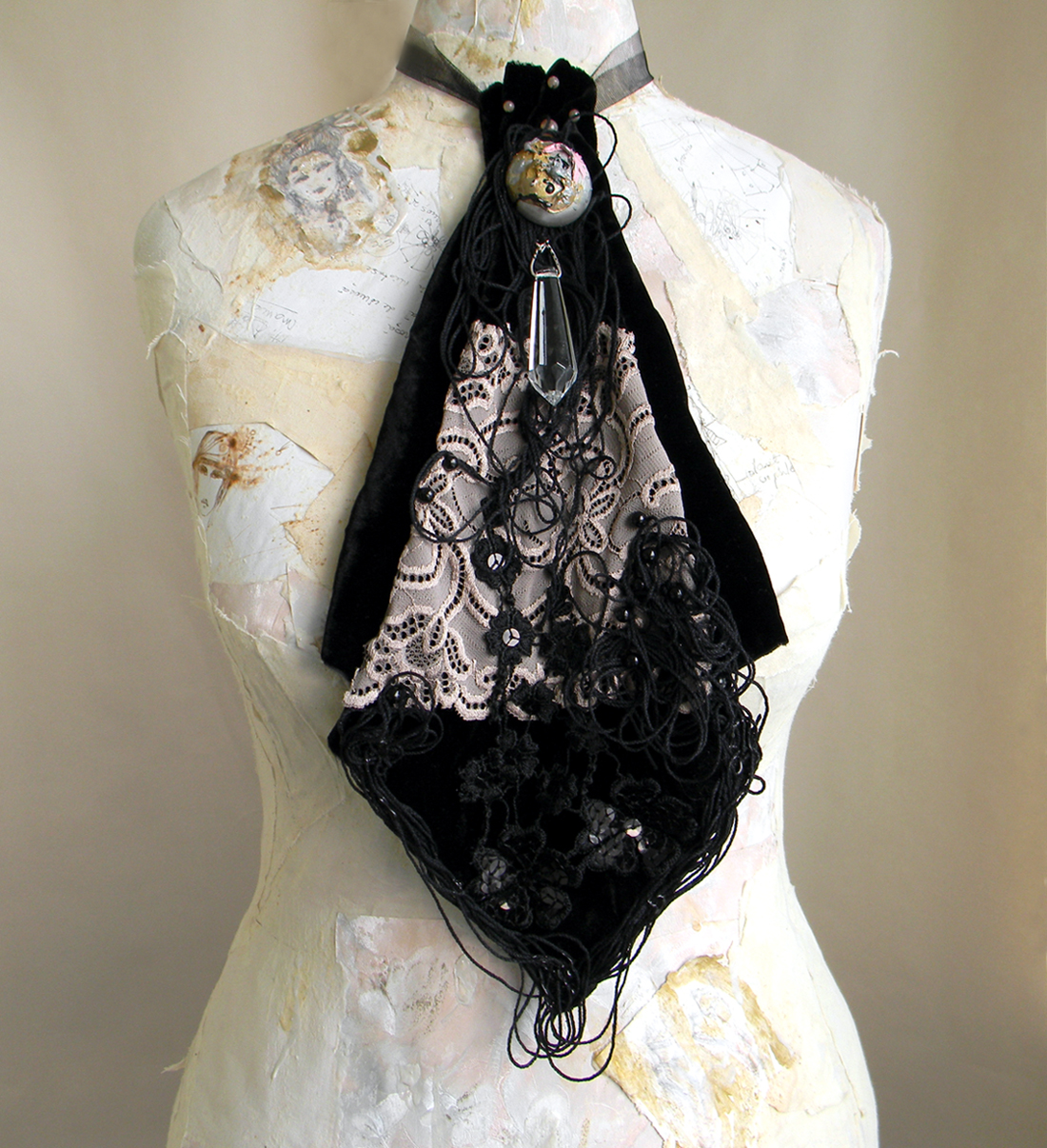 Unique Fashion Accessory Jabot Statement Necklace