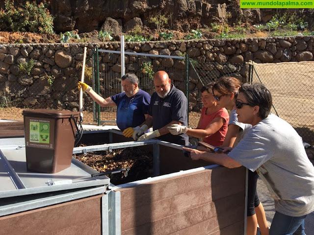 El punto de compostaje comunitario de Santa Cruz de La Palma recoge en cuatro meses más de una tonelada de biorresiduos