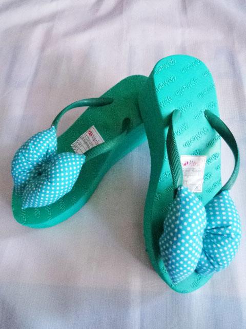 Sandal ASLI Merlin Spon TINGGI Polkadot Pita hijau